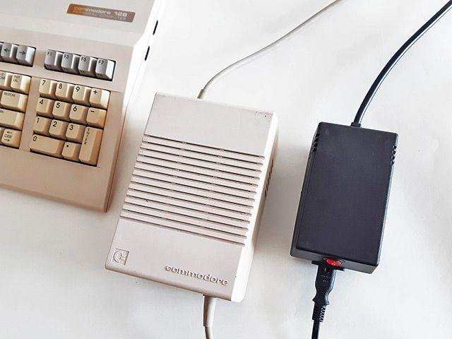 New C128 PSU compared to the original Commodore 128 PSU